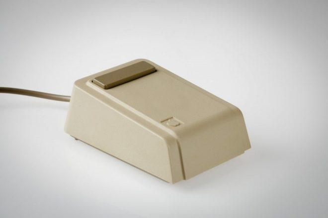 First-Apple-mouse